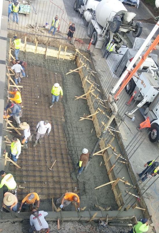 concrete without cracks